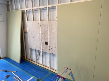 壁かけテレビ下地施工
