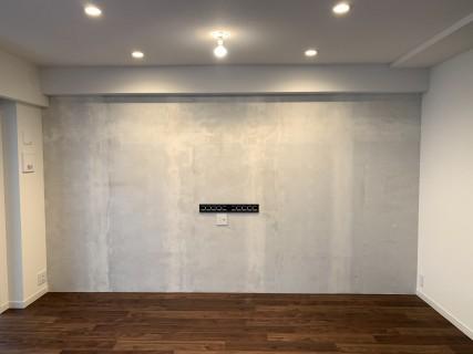 塗装下地壁紙の施工