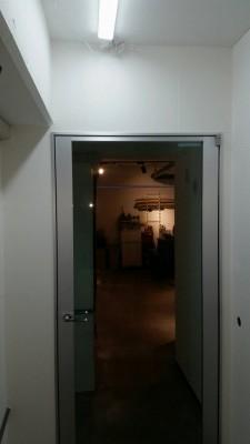 ガラス室内ドア設置