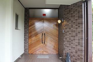 木製玄関ドア