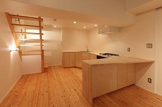 集成材のキッチン