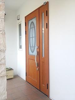 玄関ドア 補修工事完了