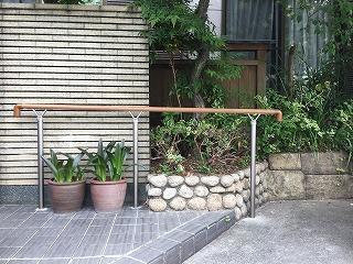 屋外手すりの設置1