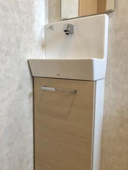 トイレ タッチレス水栓