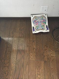 床にガス栓