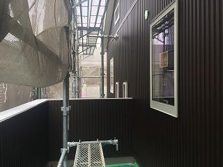 外壁ガルバ茶系