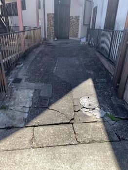 土間コンクリートの割れ