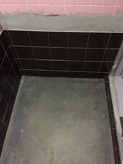 浴室タイル張替え