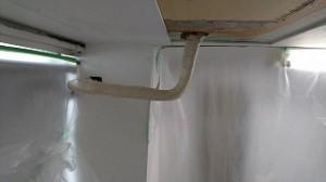 会社 天井、壁